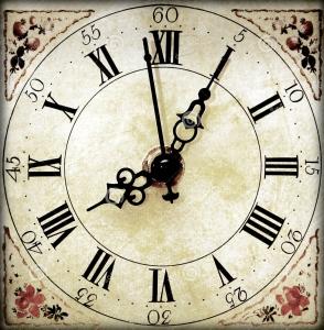 retro-clock-face-4527639